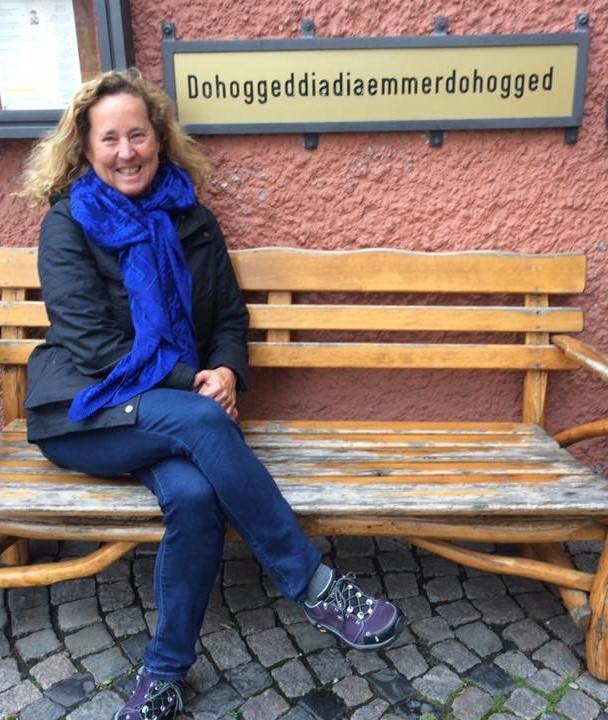 Karen at Maugenneschtle CROPPED